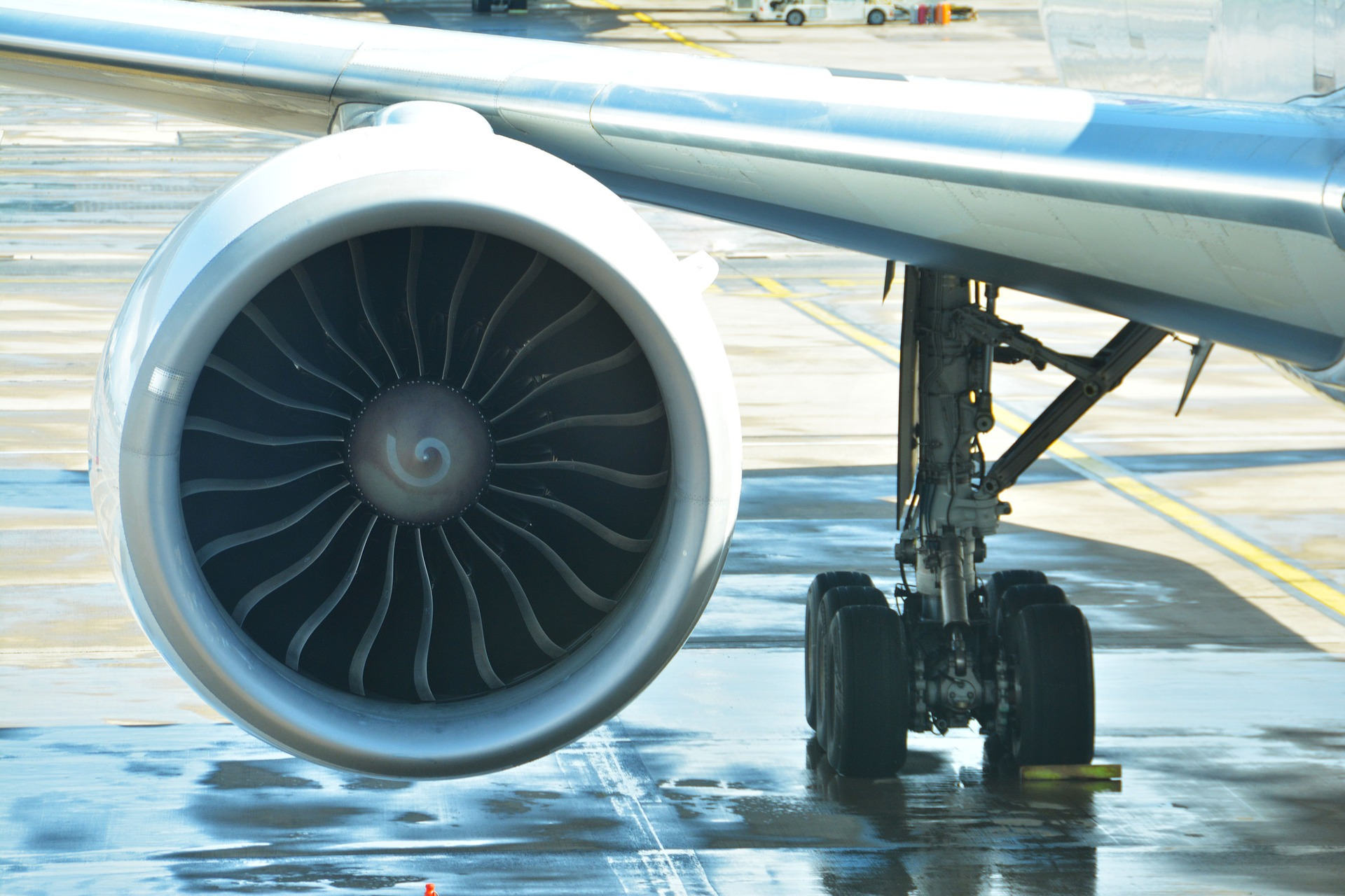 CMCs The Future of Jet Engine Parts